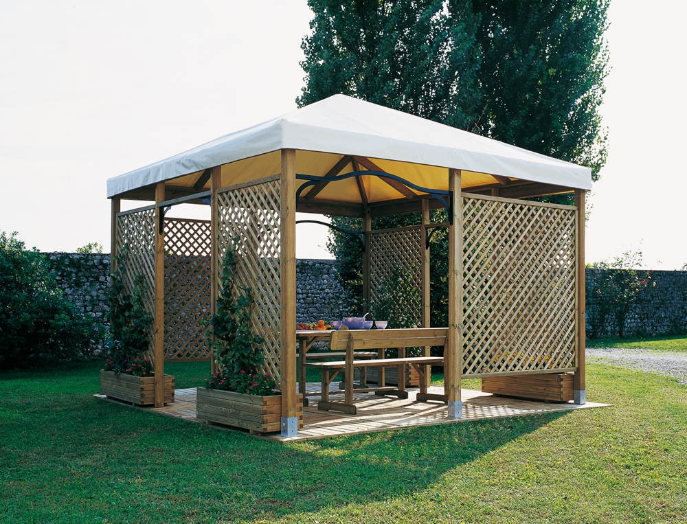 Click to enlarge image gazebo-in-legno-legnolandia-piramidi_1.jpg